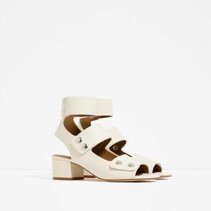 Zara genuine leather button sandals